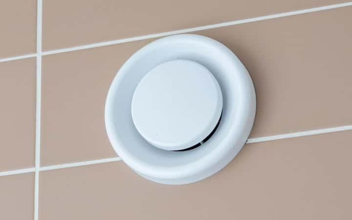 Ventilatie Badkamer Muur : Ventilatiesysteem in de badkamer soorten prijs voordelen