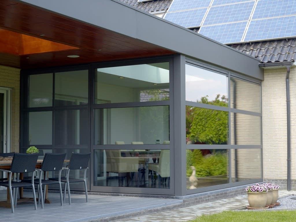 aluminium veranda voordelen mogelijkheden prijs. Black Bedroom Furniture Sets. Home Design Ideas