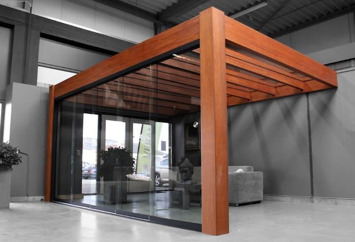 Open Veranda in Hout met Glazen schuifwand