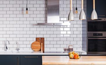 Spatwand keuken: Soorten & Prijs