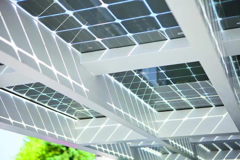 New Zonnepanelen op een Veranda: Mogelijkheden & Prijs &VR27
